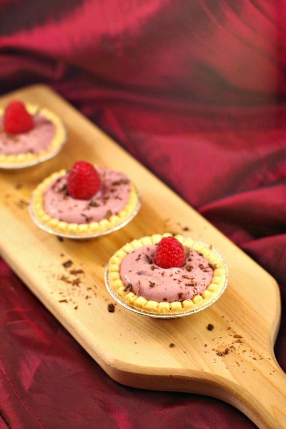 raspberry-tiramisu-cream-cutie-pie-recipe