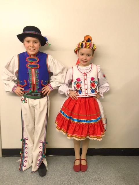 kids-ukrainian-dancing-2017